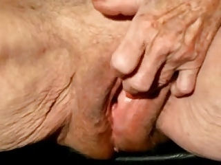 Granny clit licking videos free awesomeness!