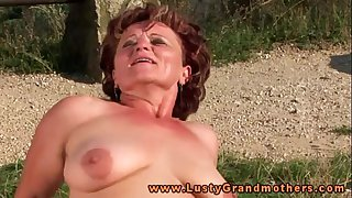 Granny hottie loves outdoor..