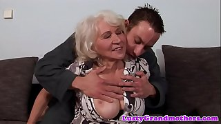 Euro granny gets pussy..