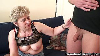 Nasty granny toying before..