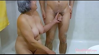 OmaHoteL Hairy Grandma and..