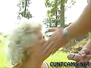 Granny Brutally Facefucked -..