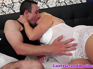 Bigbooty granny fucking and..