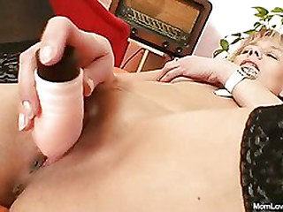 Hot domina lady performs..