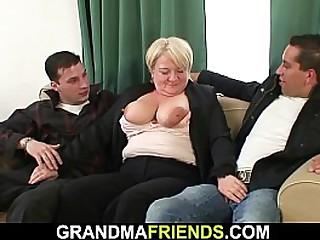 Big tits granny picked up..