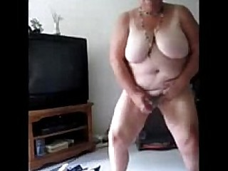 Exhibitionist slut granny..