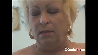 Squirting Wrinkly Grannies..